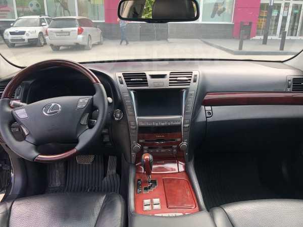 Lexus LS460L, 2008 год, 890 000 руб.