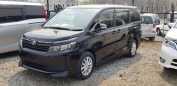 Toyota Voxy, 2014 год, 1 057 000 руб.