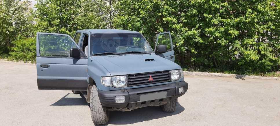 Mitsubishi Pajero, 2000 год, 600 000 руб.