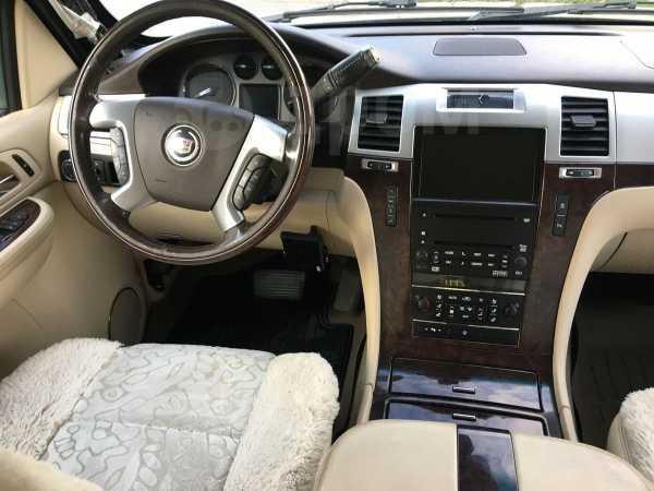 Cadillac Escalade, 2007 год, 1 049 000 руб.