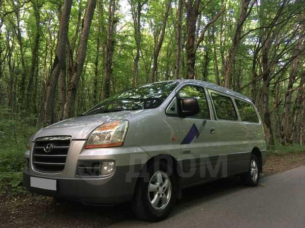 Hyundai Starex, 2006 год, 415 000 руб.
