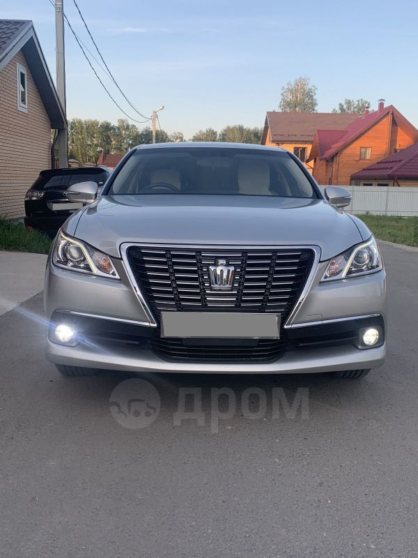 Toyota Crown, 2013 год, 1 555 555 руб.