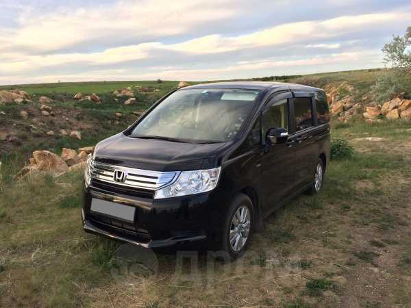 Honda Stepwgn, 2011 год, 835 000 руб.