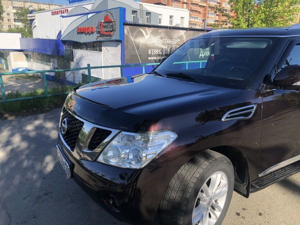 Nissan Patrol, 2010 год, 1 250 000 руб.