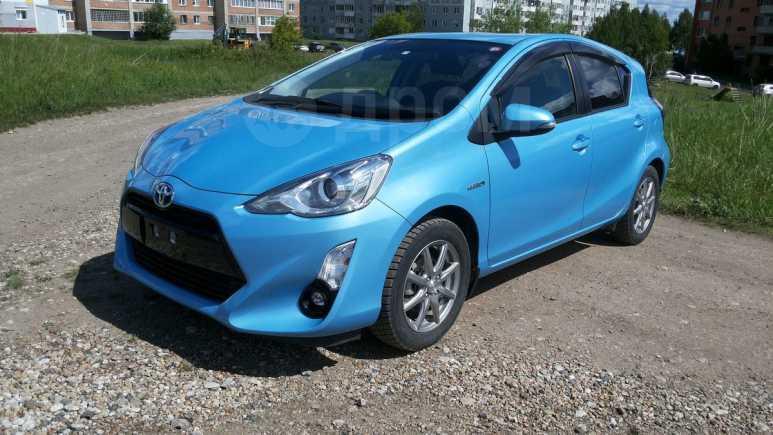 Toyota Aqua, 2015 год, 670 000 руб.