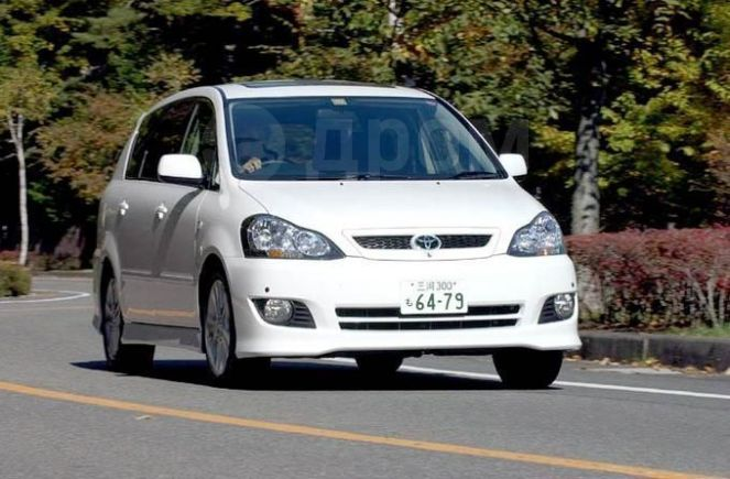 Toyota Ipsum, 2004 год, 370 000 руб.