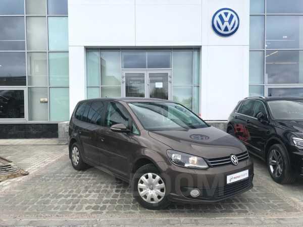 Volkswagen Touran, 2012 год, 409 000 руб.