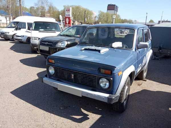 Лада 4x4 2121 Нива, 2002 год, 87 000 руб.