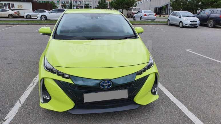 Toyota Prius PHV, 2017 год, 1 570 000 руб.