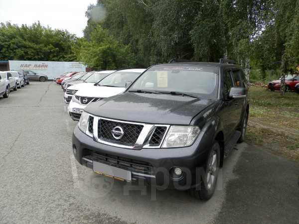 Nissan Pathfinder, 2010 год, 700 000 руб.