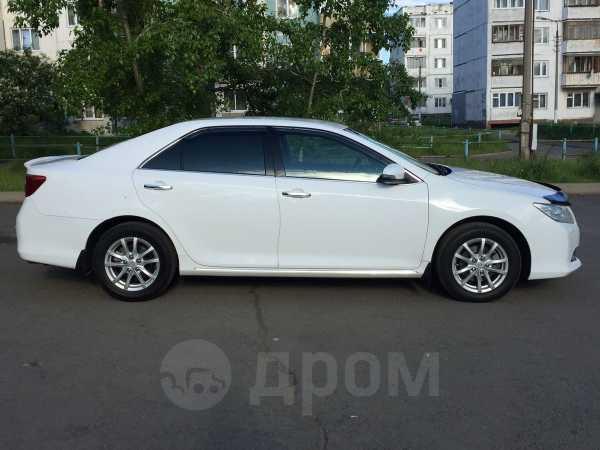 Toyota Camry, 2011 год, 923 000 руб.