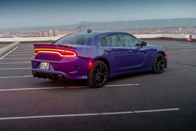 Dodge Charger, 2016 год, 1 900 000 руб.