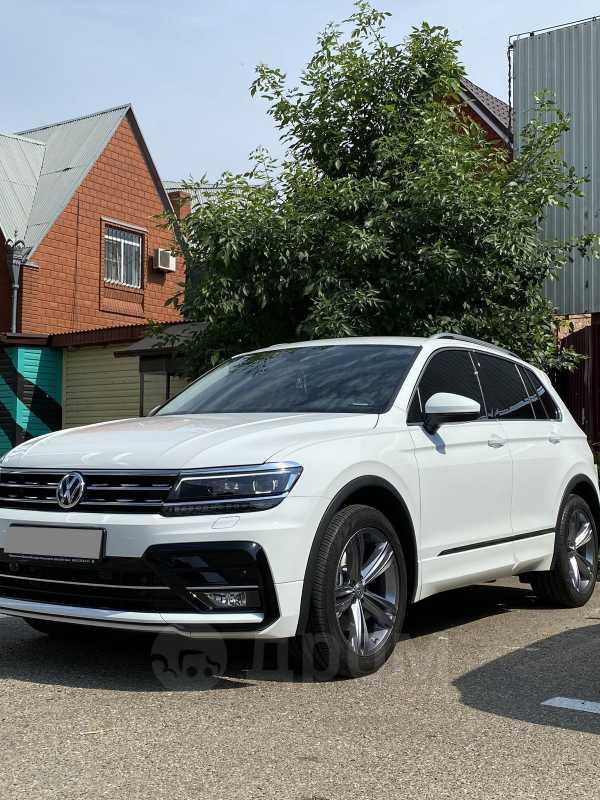 Volkswagen Tiguan, 2019 год, 2 200 000 руб.