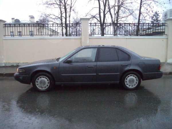 Nissan Maxima, 1993 год, 130 000 руб.