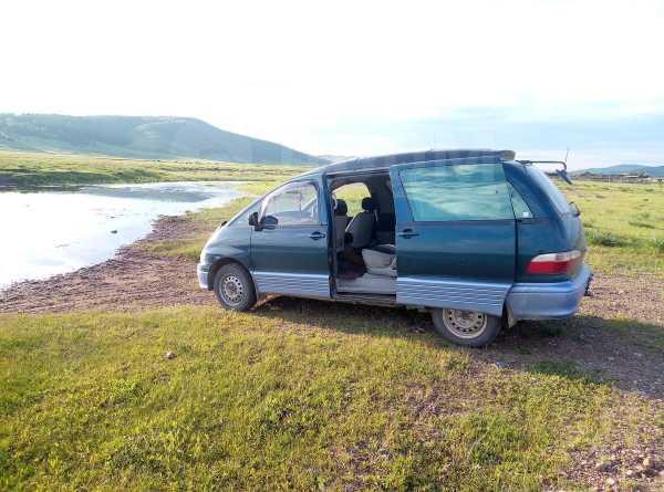 Toyota Estima Emina, 1998 год, 235 000 руб.
