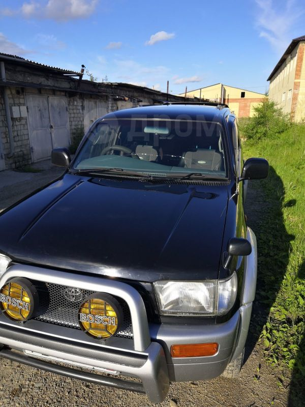 Toyota Hilux Surf, 1998 год, 575 000 руб.