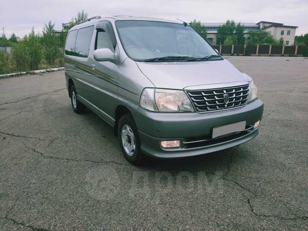 Toyota Grand Hiace, 2000 год, 645 000 руб.