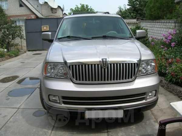 Lincoln Navigator, 2002 год, 650 000 руб.