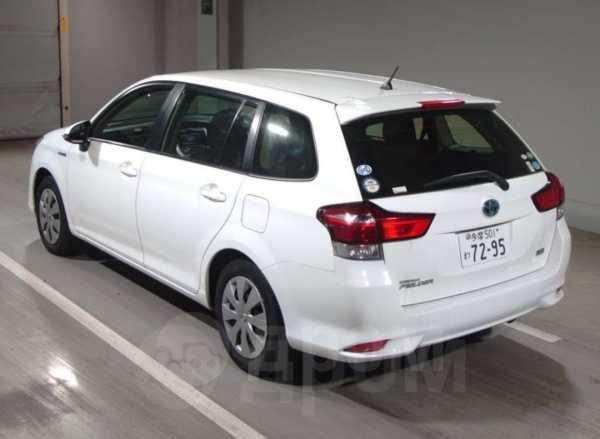 Toyota Corolla Fielder, 2015 год, 730 000 руб.