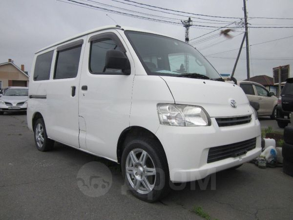 Toyota Town Ace, 2014 год, 685 000 руб.