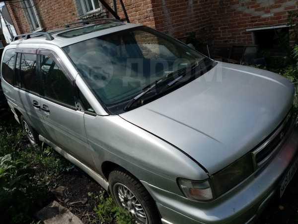 Nissan Prairie, 1996 год, 140 000 руб.