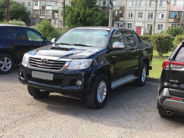 Toyota Hilux Pick Up, 2012 год, 1 227 000 руб.
