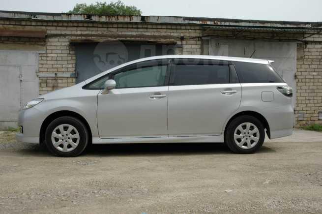 Toyota Wish, 2014 год, 835 000 руб.