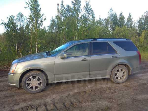 Cadillac SRX, 2004 год, 330 000 руб.