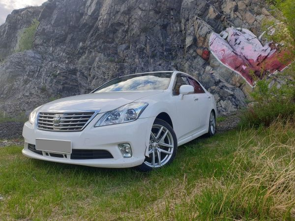 Toyota Crown, 2012 год, 1 300 000 руб.