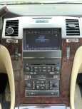 Cadillac Escalade, 2010 год, 1 050 000 руб.