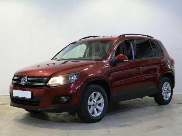 Volkswagen Tiguan, 2012 год, 577 000 руб.
