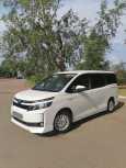 Toyota Voxy, 2014 год, 1 279 000 руб.