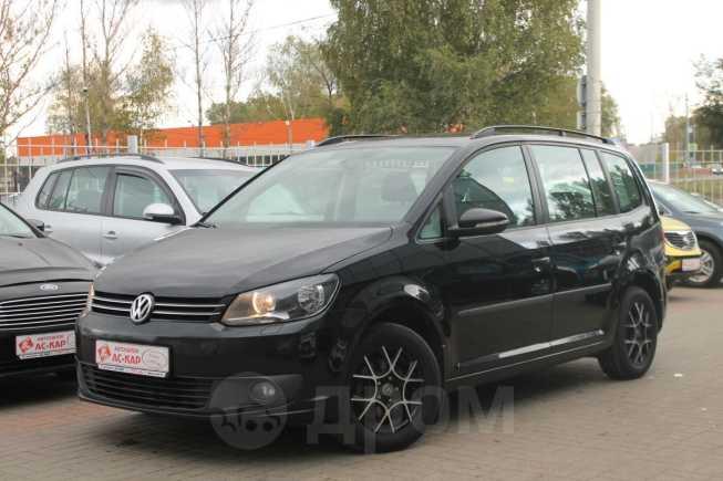 Volkswagen Touran, 2012 год, 659 500 руб.