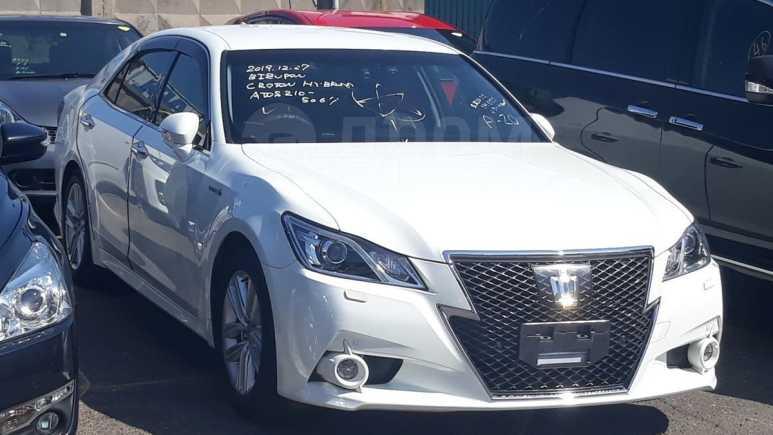 Toyota Crown, 2015 год, 1 900 000 руб.