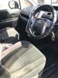 Toyota Voxy, 2010 год, 820 000 руб.