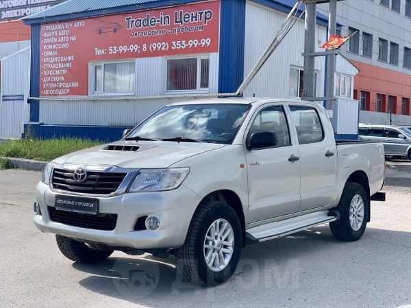 Toyota Hilux Pick Up, 2012 год, 1 000 000 руб.