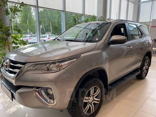 Toyota Fortuner, 2020 год, 2 332 000 руб.