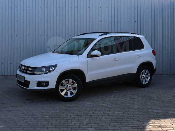 Volkswagen Tiguan, 2012 год, 684 000 руб.