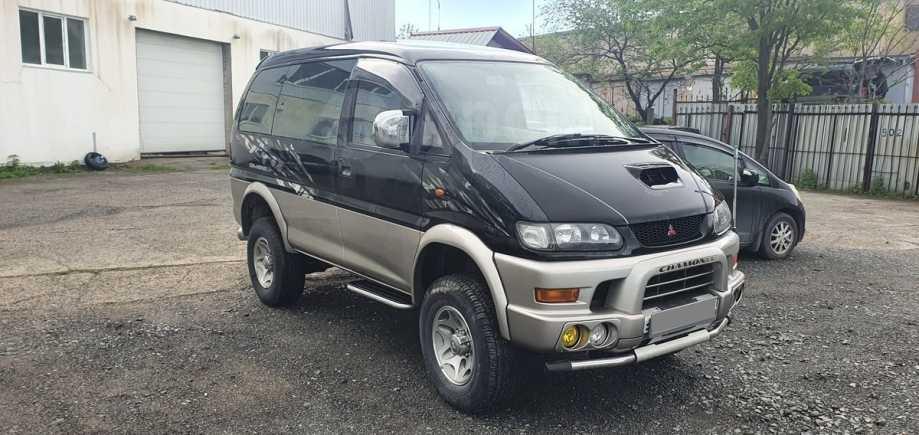 Mitsubishi Delica, 1999 год, 745 000 руб.