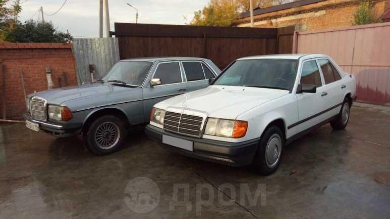 Mercedes-Benz E-Class, 1981 год, 111 000 руб.