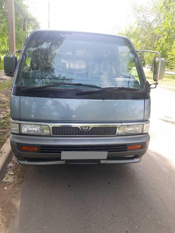 Nissan Caravan, 1992 год, 275 000 руб.