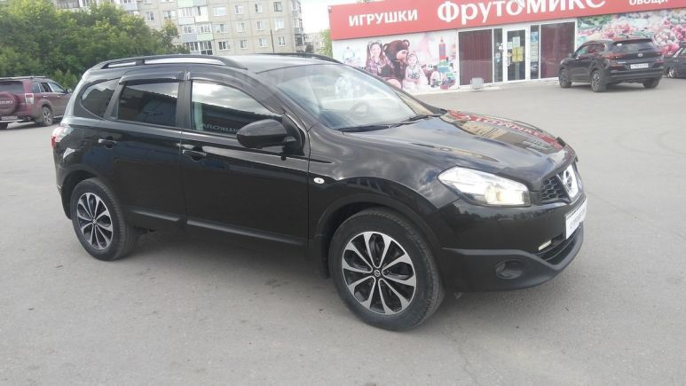Nissan Qashqai+2, 2013 год, 895 000 руб.