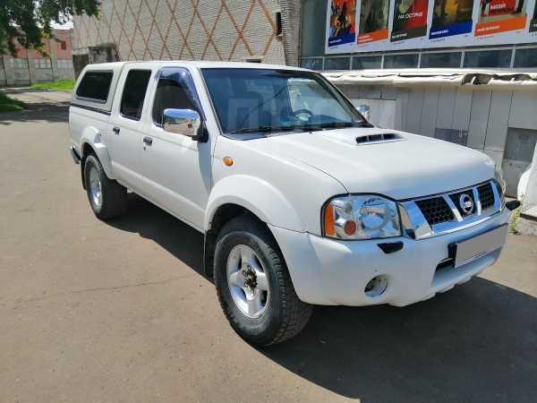 Nissan NP300, 2012 год, 600 000 руб.