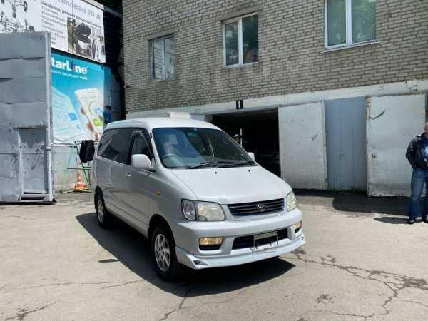 Toyota Town Ace Noah, 1999 год, 325 000 руб.