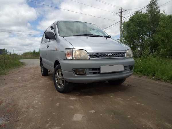 Toyota Town Ace Noah, 1998 год, 348 000 руб.