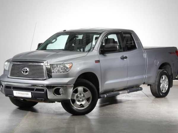 Toyota Tundra, 2011 год, 1 700 000 руб.