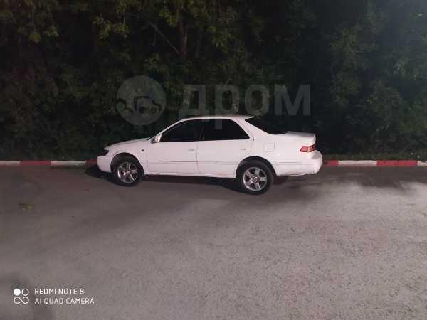 Toyota Camry, 2000 год, 225 000 руб.
