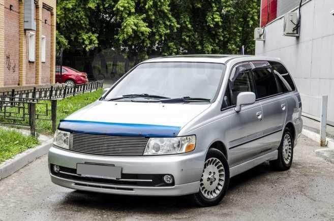 Nissan Bassara, 2001 год, 490 000 руб.
