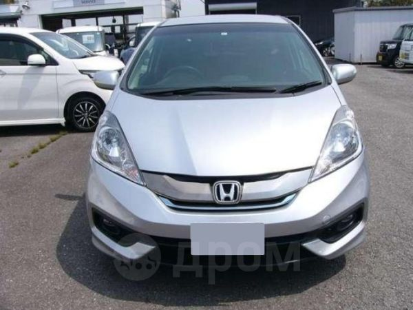 Honda Fit Shuttle, 2015 год, 452 000 руб.