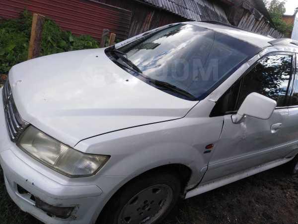 Mitsubishi Chariot Grandis, 1998 год, 250 000 руб.